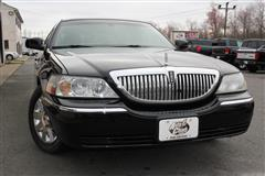 2005 LINCOLN TOWN CAR Signature L