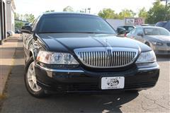 2011 LINCOLN TOWN CAR Executive-L