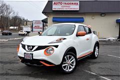 2015 NISSAN JUKE S AWD Low Miles Factory Warranty