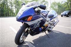 2004 SUZUKI SX4