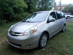 2009 TOYOTA SIENNA XLE LIMITED AWD with NAV & DVD