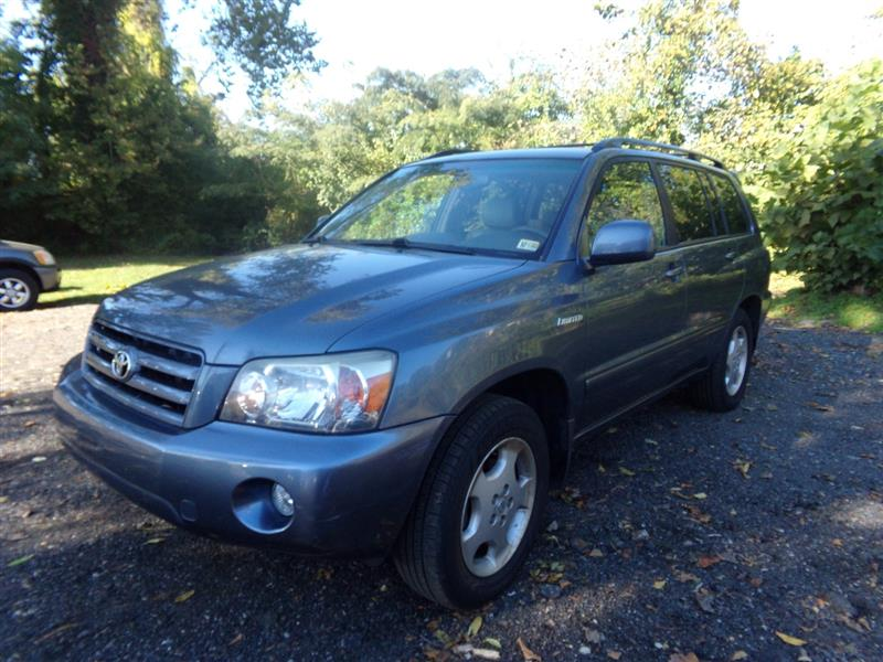 2005 TOYOTA HIGHLANDER LIMITED AWD WITH NAVIGATION