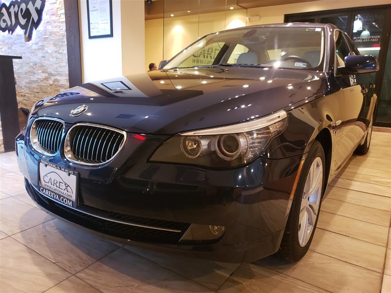 2010 BMW 5 SERIES 528xi AWD Navigation