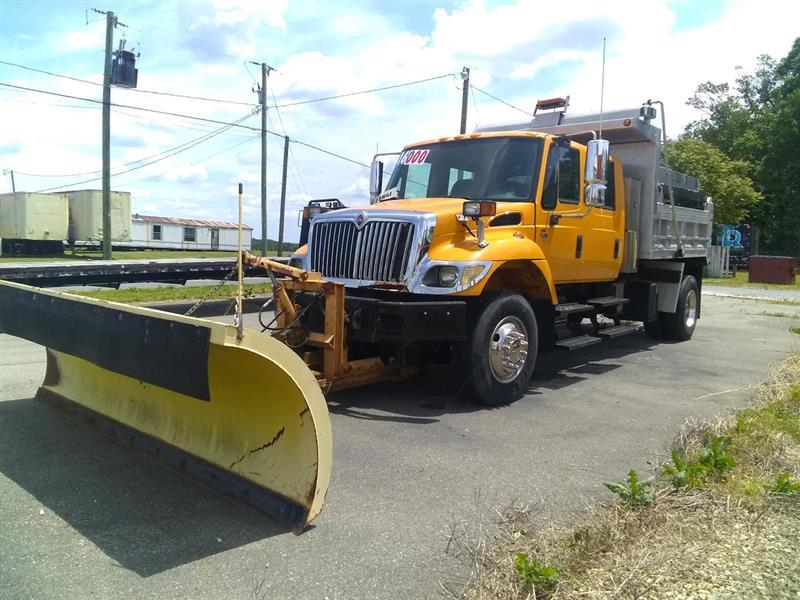 2005 International 7000 Series 7300 Dump Truck