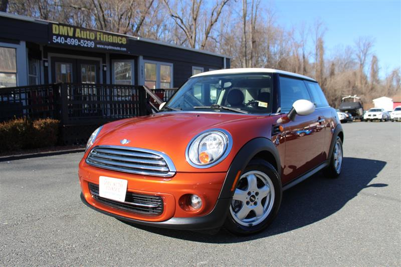 2011 MINI COOPER 6 Speed