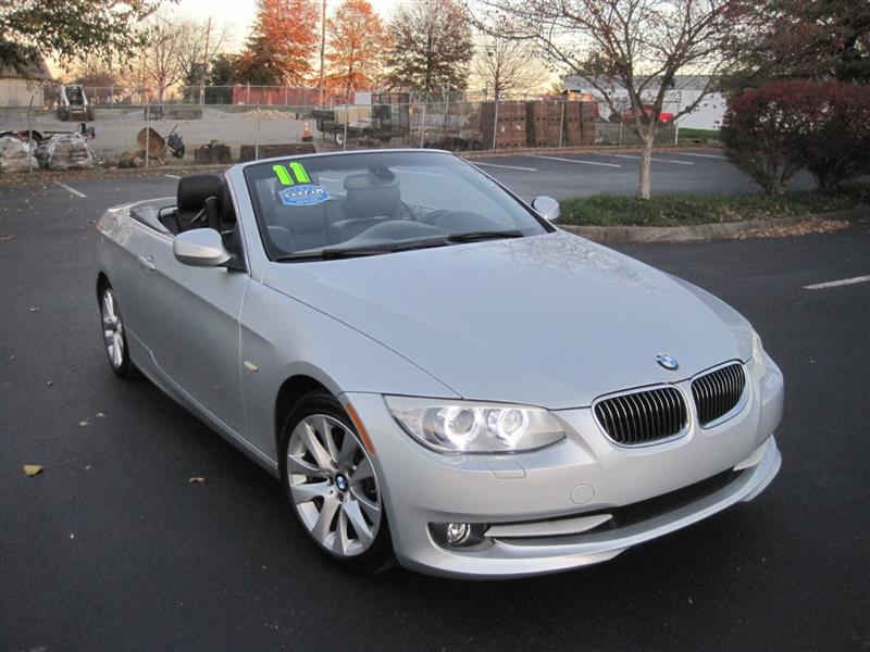2011 BMW 3 SERIES 328 i Hard Top Convertible w Sport & Prem Pkg