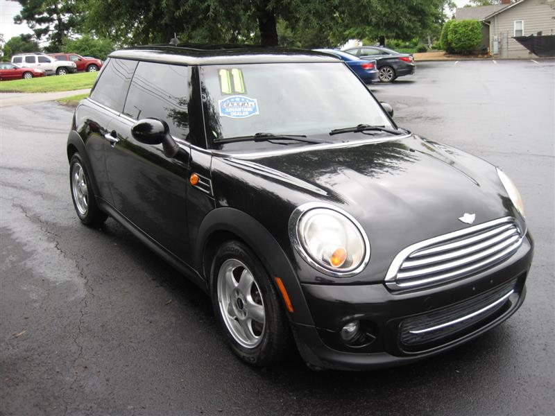 2011 MINI COOPER HARDTOP Coupe