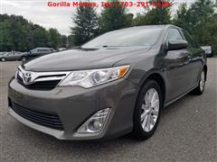 2013 TOYOTA CAMRY XLE - NAVIGATION - LEATHER