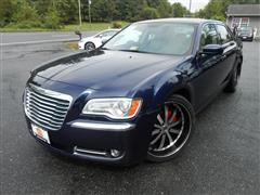 2013 CHRYSLER 300 With Navigation