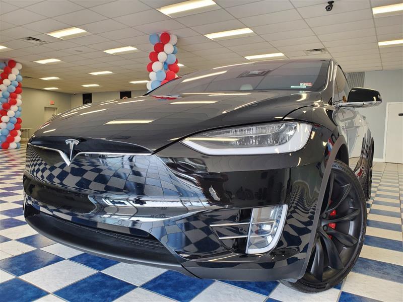 2019 TESLA Model X P100D/Performance