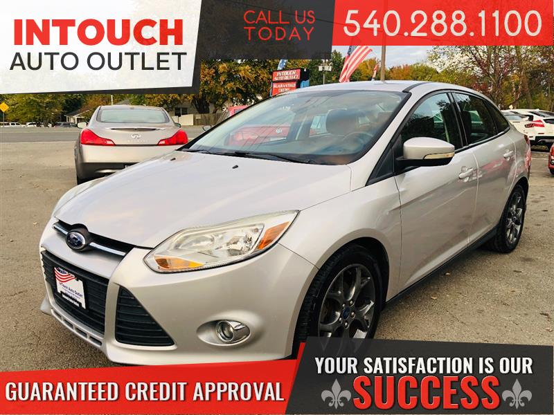 2013 FORD FOCUS SE WITH LEATHER SEATS