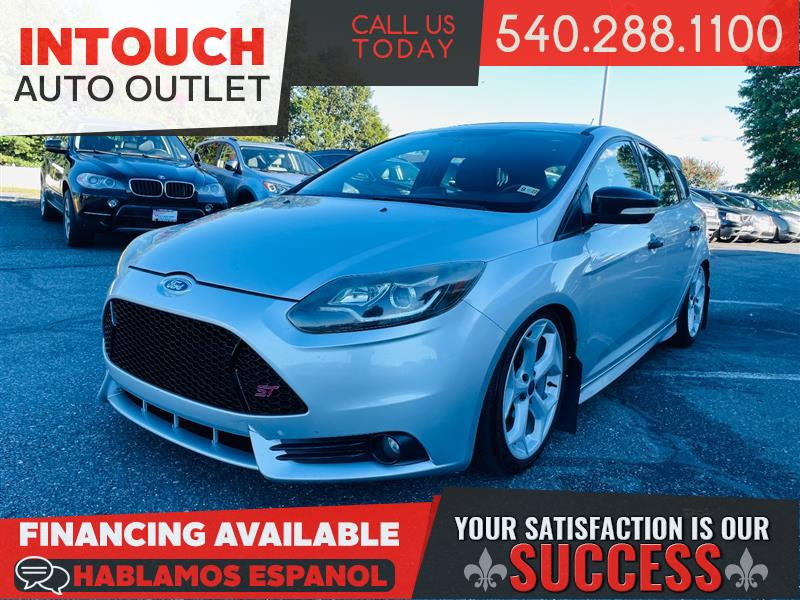 2014 FORD FOCUS ST w/NAVIGATION SYSTEM & SUNROOF