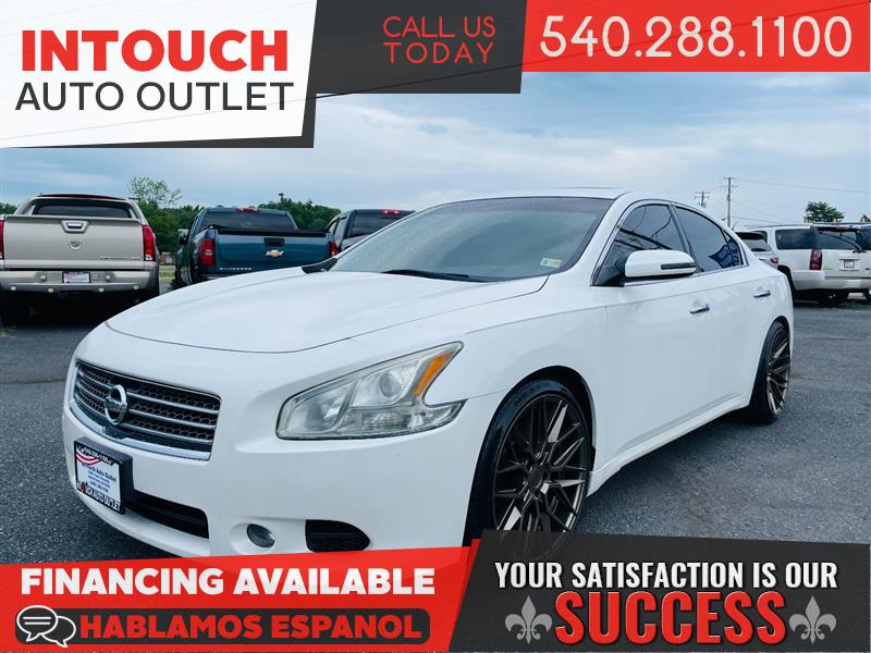 2011 NISSAN MAXIMA SV w/TECHNOLOGY & COLD WEATHER PACKAGE