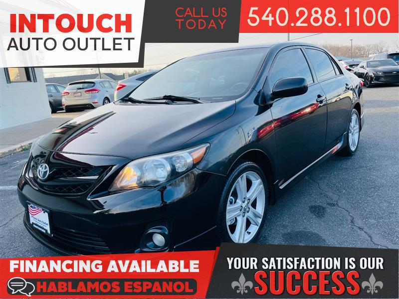 2013 TOYOTA COROLLA S WITH NAVIGATION SYSTEM AND SUNROOF
