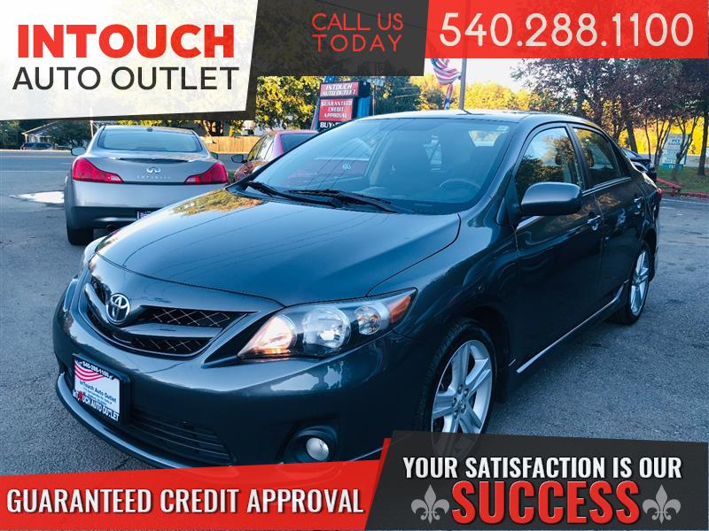 2013 TOYOTA COROLLA S WITH PREMIUM AND NAVIGATION PACKAGE