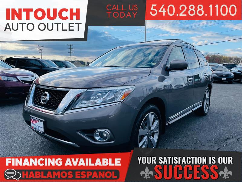 2013 NISSAN PATHFINDER PLATINUM 4WD WITH NAVIGATION AND FAMILY ENTERTAINMENT PACKAGE