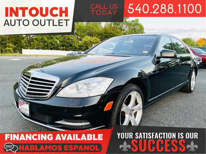 2013 MERCEDES-BENZ S-CLASS S550 4MATIC WITH PANORAMIC MOONROOF