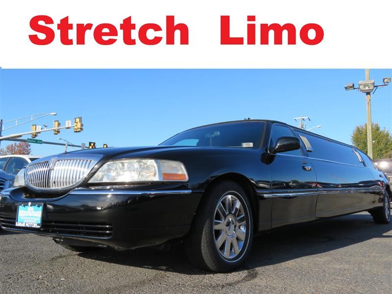 2004 LINCOLN TOWN CAR Executive Pkg