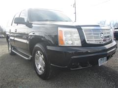2002 CADILLAC ESCALADE Base