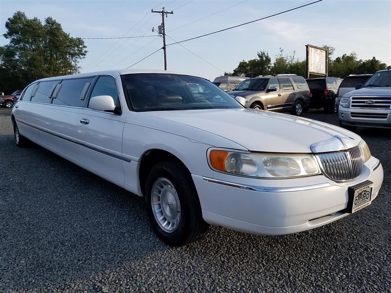 1999 LINCOLN TOWN CAR Limousine Pkg