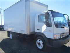 2006 INTERNATIONAL CF 500 BOX Truck