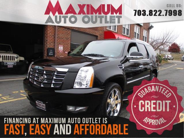 2011 CADILLAC ESCALADE w/ DVD and Navi