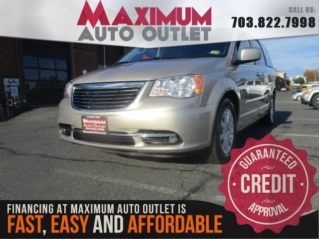2016 chrysler town country touring w rear entertainment system manassas park virginia. Black Bedroom Furniture Sets. Home Design Ideas