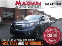 2016 TOYOTA HIGHLANDER XLE AWD with Navigation