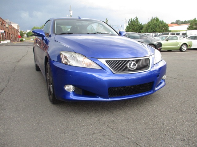 2010 LEXUS IS 250C Hardtop Convertible