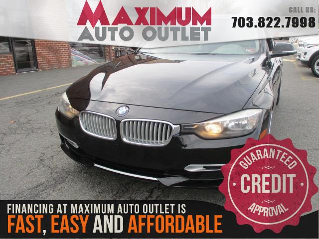 2012 BMW 3 SERIES 328i with Navigation