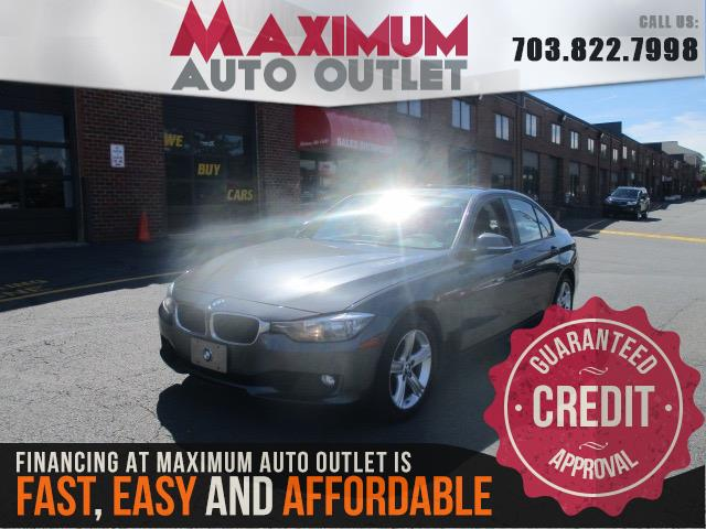 2013 BMW 3 SERIES 328i with Navigation