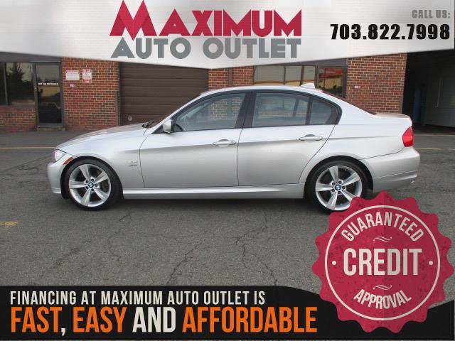 2011 BMW 3 SERIES 335i xDrive - Navigation - Sport Pkge