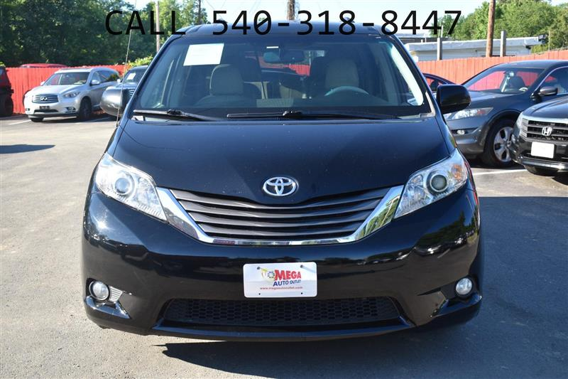 2011 TOYOTA SIENNA XLE LIMITED AWD with NAV & DVD