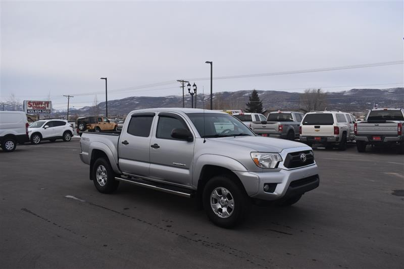 2013 TOYOTA TACOMA 4WD Double Cab V6 AT SR (Natl)