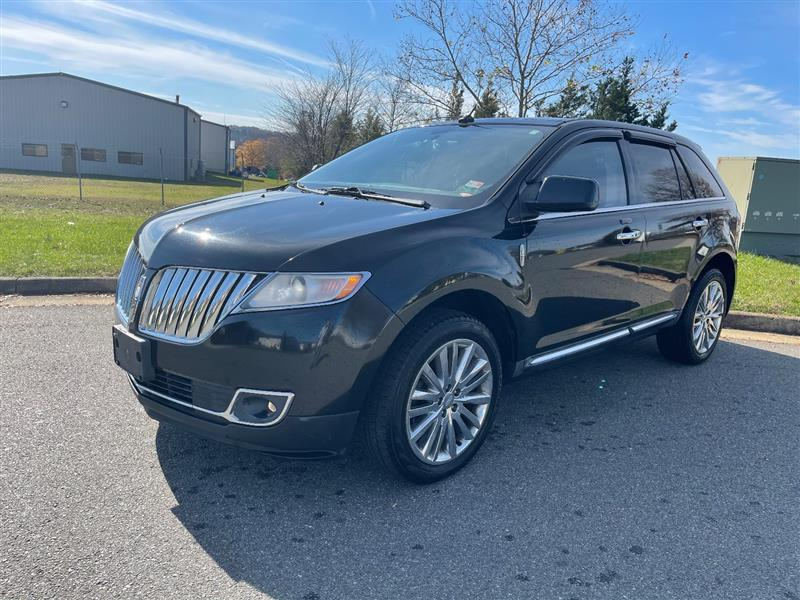 2011 LINCOLN MKX w/ Navi and Panoramic Roof
