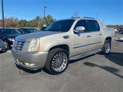 2008 CADILLAC ESCALADE EXT AWD with Nav and DVD
