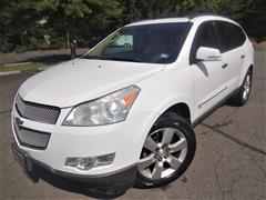 2009 CHEVROLET TRAVERSE LTZ AWD, Navigation w/Rear Entertainment Pkg