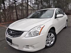 2010 NISSAN ALTIMA 2.5 SL w/Back up Camera