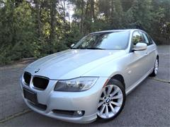 2011 BMW 3 SERIES 328i xDrive w/Navigation