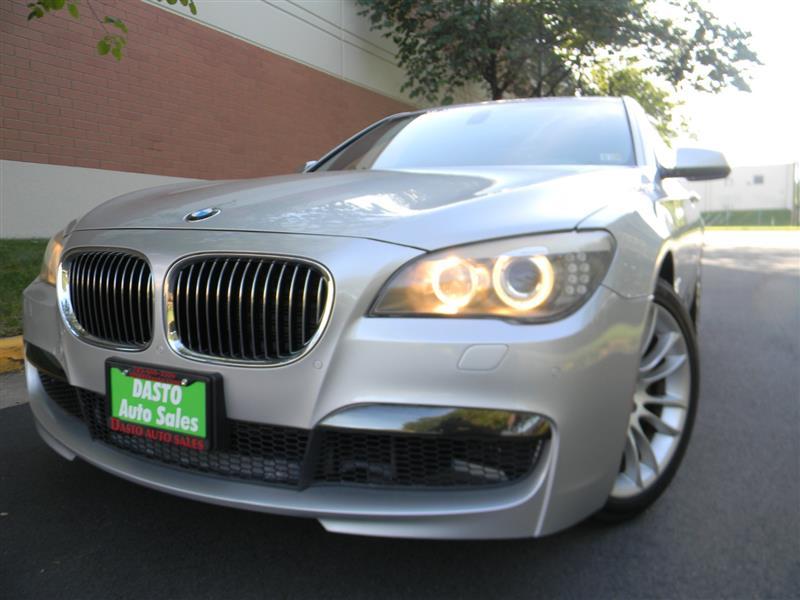 2011 BMW 7 SERIES 740i