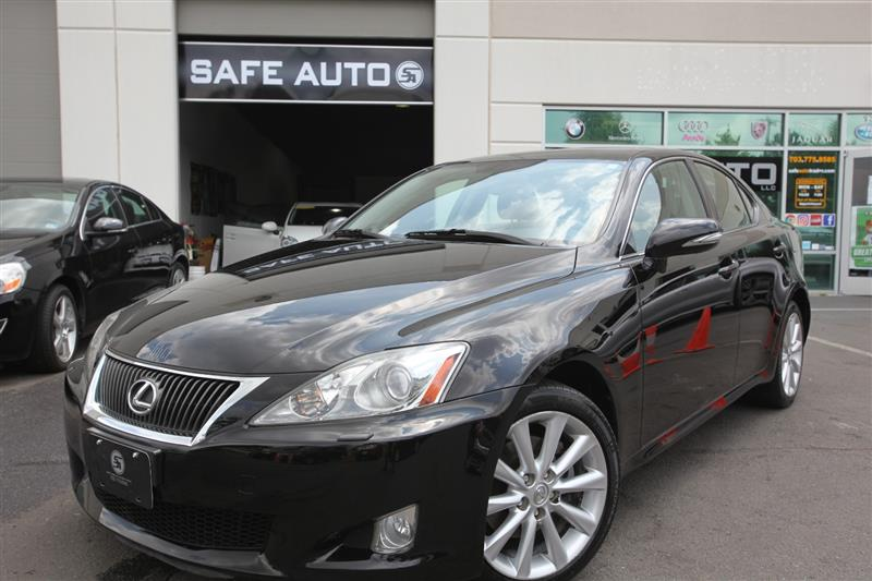 2010 LEXUS IS 250 IS250 AWD w/ Navigation