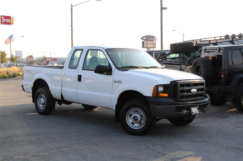 2006 FORD SUPER DUTY F-250 XL 4X4