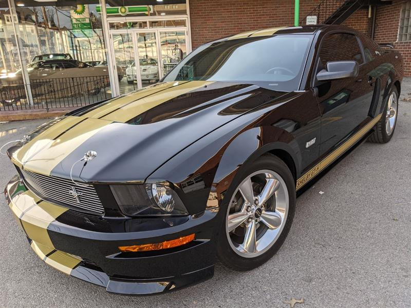 2006 FORD MUSTANG Shelby Hertz Rent-A-Race Car