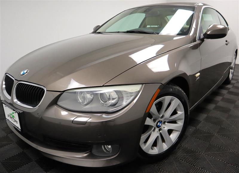 2011 BMW 3 SERIES 328i Coupe 6 Speed with Sport Package